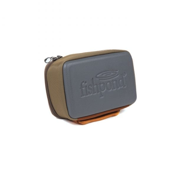 fishpond ripple reel case size large and sand/ saddle brown colour